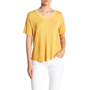 Abound Washed V-Neck Hi-Lo Tee Shirt XS Yellow